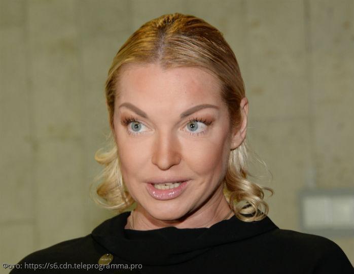 Анастасия Волочкова развлекла постояльцев отеля в Греции