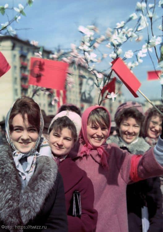 11 милых фото красивых девушек из СССР