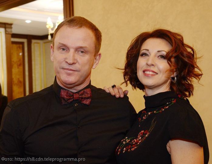 Экстрасенс рассказала, что на самом деле происходит в семье Виктора Рыбина и Натальи Сенчуковой