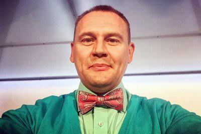 Степан Меньщиков пересадил волосы и сделал энзимный пилинг