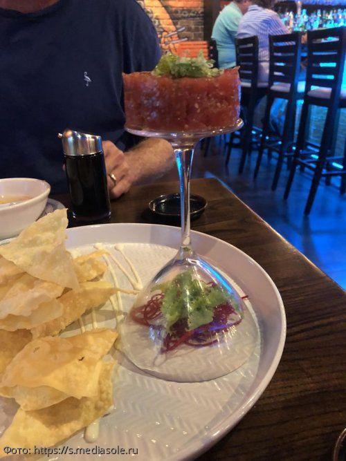 10 фотографий, на которых блюда в ресторане поданы весьма странно