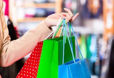 Астрологи составили женский шопинг-гороскоп: что знакам Зодиака надо купить во второй половине августа