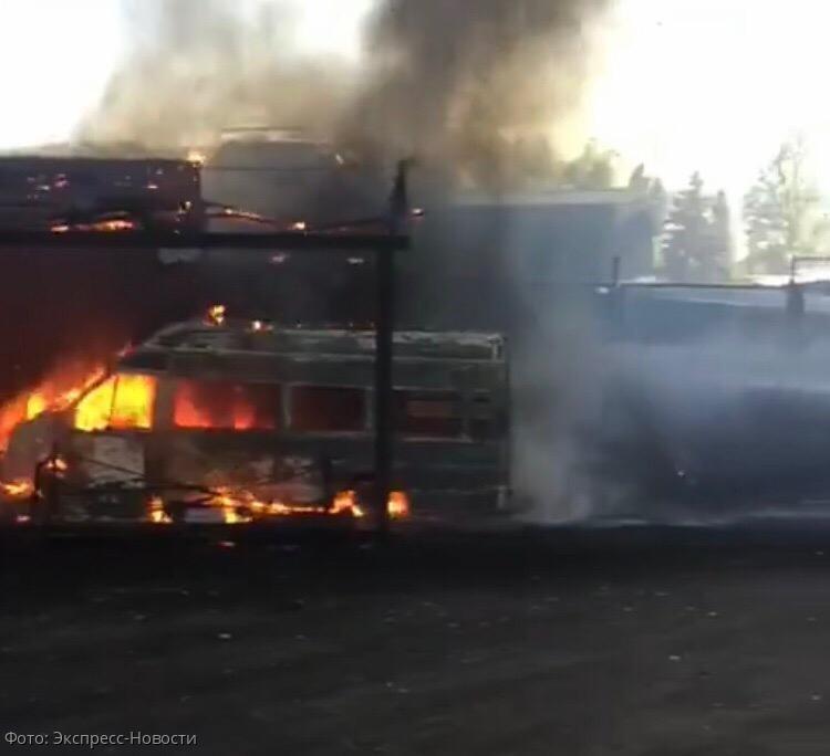 В результате пожара в Кисловодске сгорел автомобиль