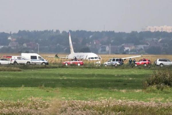 Пассажирка раскрыла неизвестные детали аварийной посадки A321