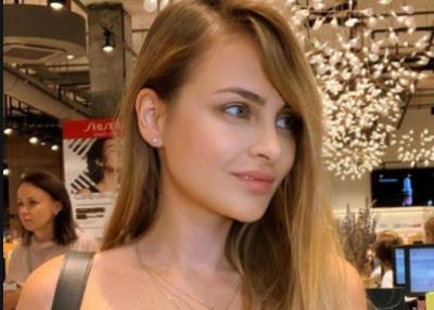 Ангелина Дубровская сломала ребра ради тонкой талии