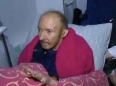 Александр Числов последние 50 дней не встает с кровати и отказывается покидать квартиру
