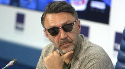 Петрова и Шнурова раскритиковали за поведение на концерте Билли Айлиш в Москве