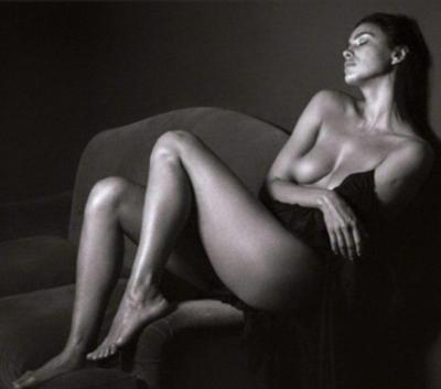 Ирина Шейк показала кадры откровенной фотосессии