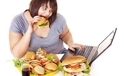 Ученые назвали 5 пищевых привычек, которые могут довести до болезней