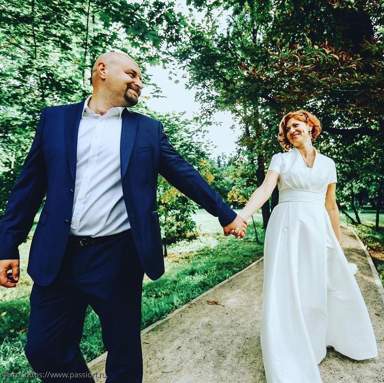 Елена Бирюкова и Илья Хорошилов узаконили свои отношения