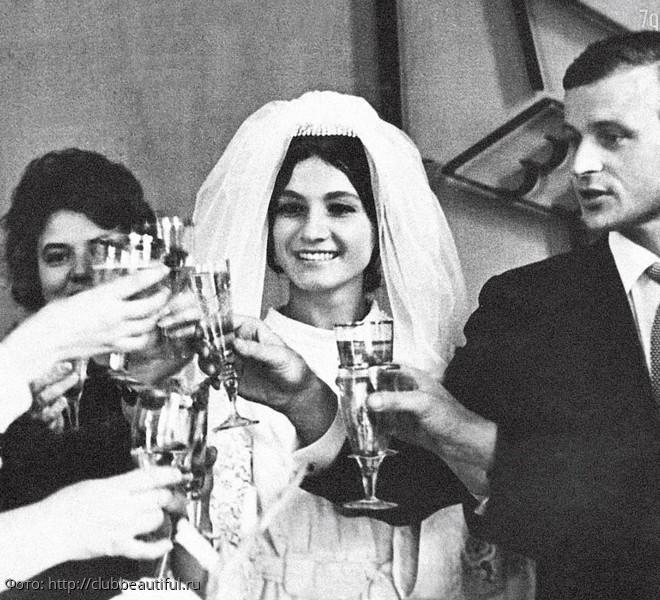 10 редких свадебных фото советских звёзд