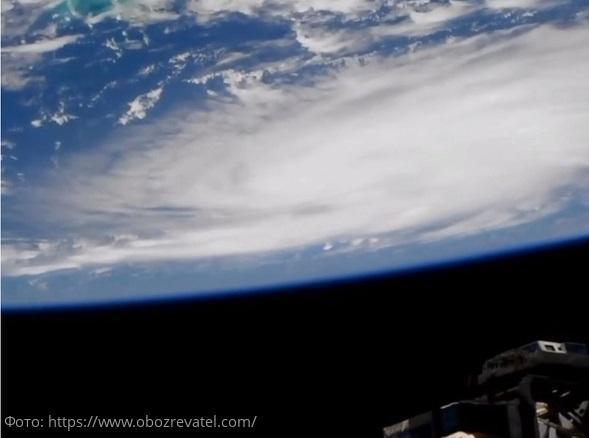 Надвигающийся на Флориду ураган «Дориан» может стать одним из самых мощных в истории Америки