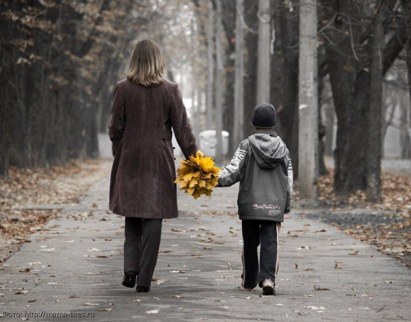 Сын всю жизнь стеснялся мамы-инвалида, и лишь потом узнал, откуда у нее эта инвалидность