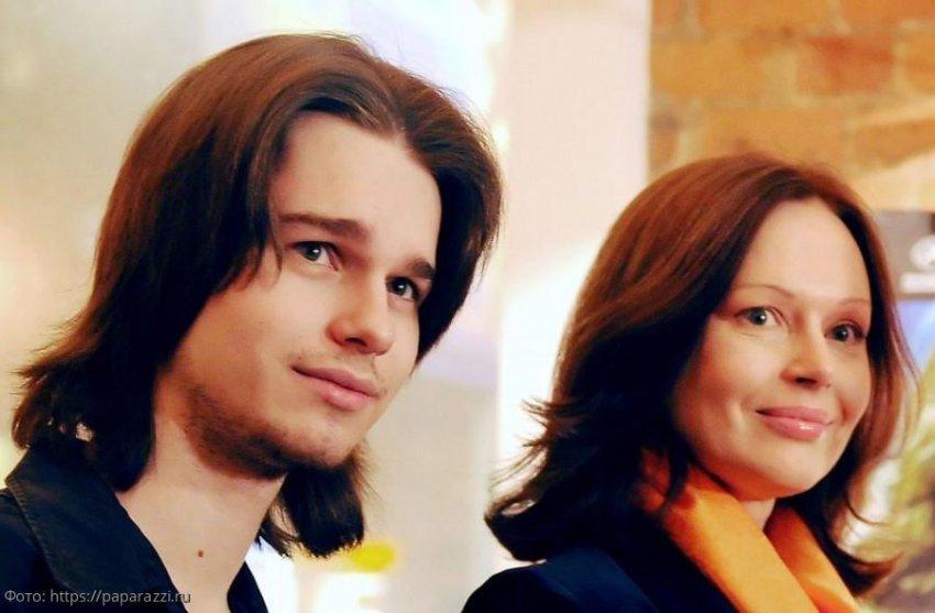 Ирина Безрукова рассказала, что спасло её сына во время теракта на Дубровке