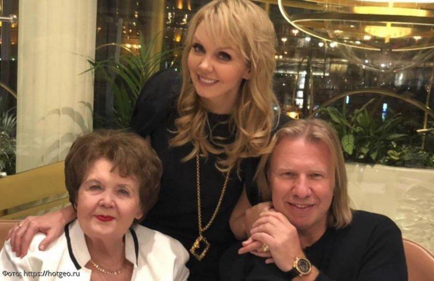 Швейцарские врачи сделали операцию матери певицы Валерии