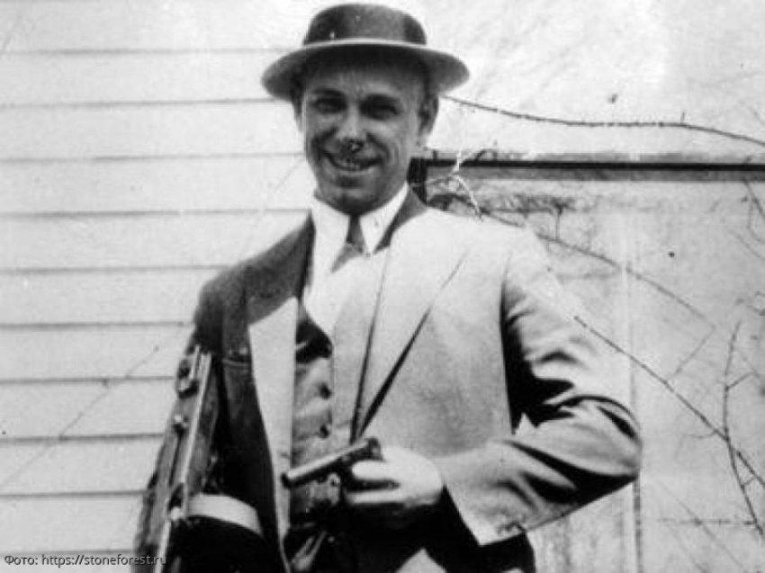 Тело самого известного гангстера времен Великой Депрессии Джона Диллинджера будет выкопано и проверено на ДНК