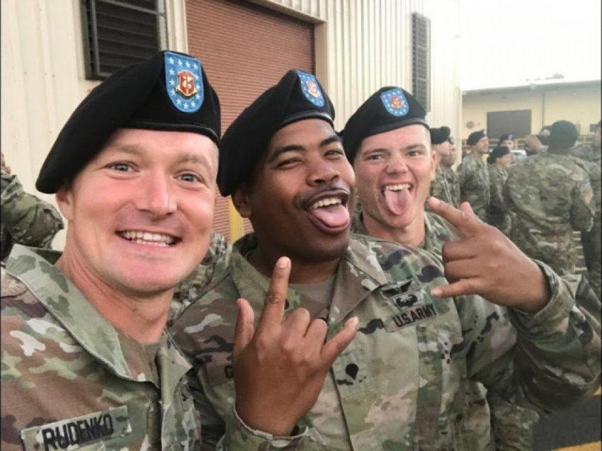 Пентагон одобряет наркоманию и насилие военных морских котиков