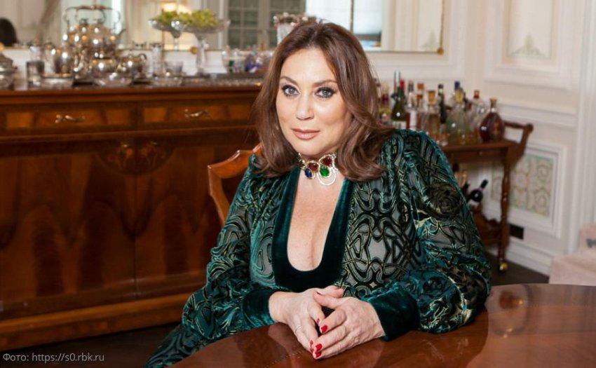 Лена Миро ответила Яне Рудковской, которая предлагала 1 млн рублей за разоблачение блогера