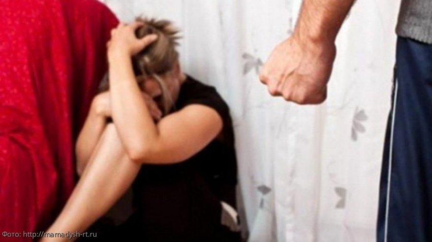 Свекровь спасла нелюбимую невестку от мужа-тирана, а потом помогла ей найти своё счастье