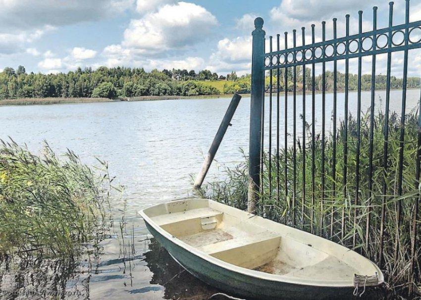 Алла Пугачёва не оплатила штраф за слишком большой забор