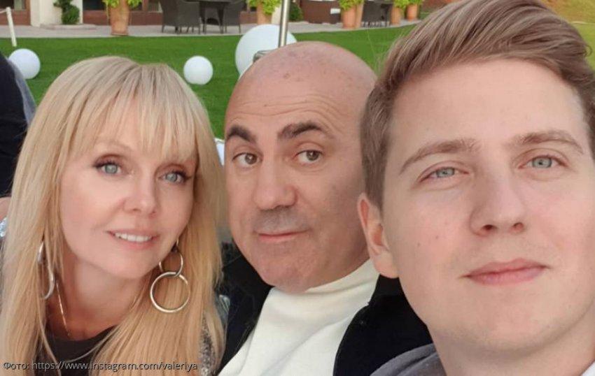 Певица Валерия не посетила свадьбу своего 24-летнего сына