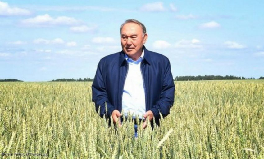 Экс-президент Казахстана Нурсултан Назарбаев выпустил клип на свою песню