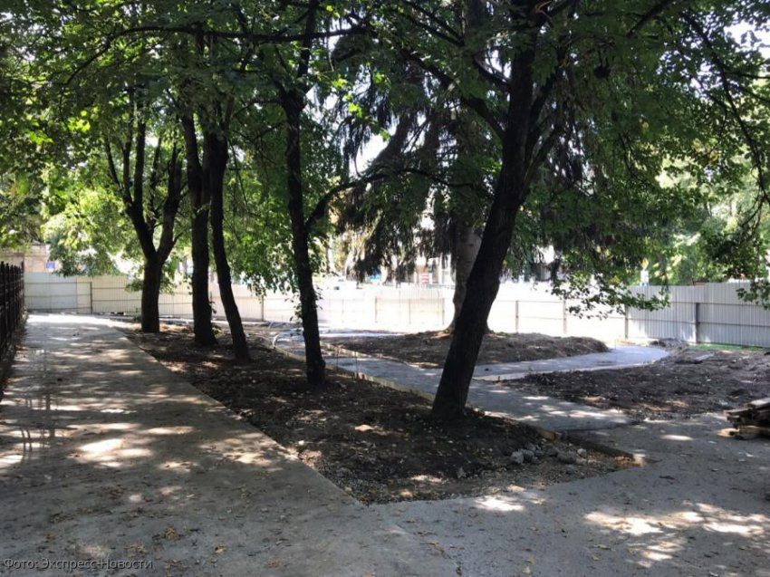 В Кисловодске провели брифинг для общественников, обеспокоенных ходом работ в новом сквере