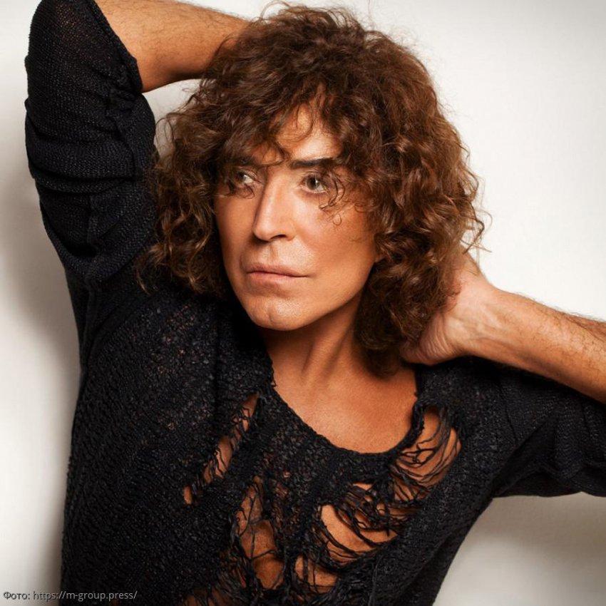Знаменитые певцы России, которые носят длинные волосы