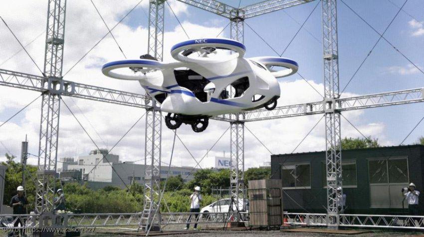 В Японии создали первый в мире пассажирский дрон