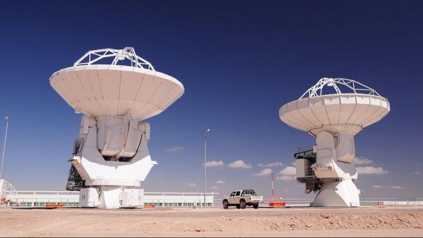Загадочные сигналы из космоса: ученые нашли их источник