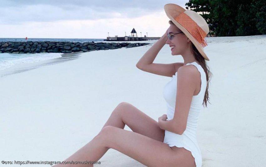 Кристина Асмус отдохнула на Мальдивах без мужа