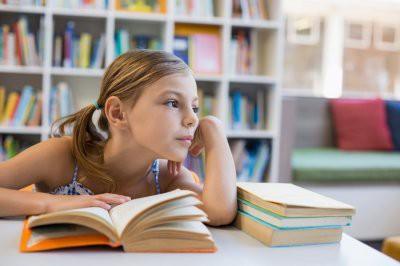 Эксперты рассказали, к каким заболеваниям приводит учеба в современной школе