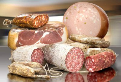 Названы продукты, которые нельзя есть при повышенном холестерине