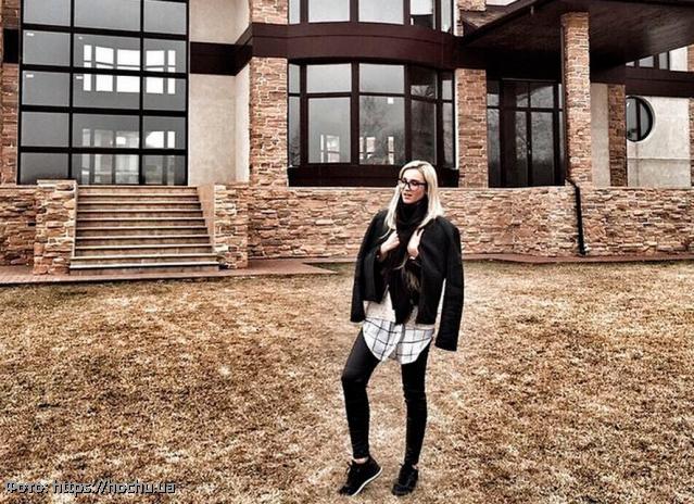 Дом, который Тарасов строил вместе с Бузовой, выставлен на продажу