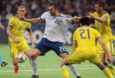 Стало известно, где покажут сегодня прямую трансляция матча отбора Евро-2020 Россия - Казахстан