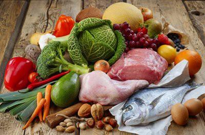 Названы продукты, которые сильно влияют на запах тела
