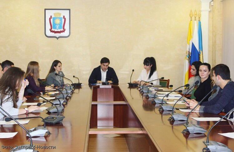 Председатель Молодежной палаты Думы Кисловодска Эрнест Саркисов рассказал о проектах, реализуемых на территории города