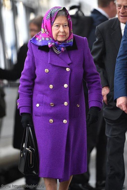 Особенности, причуды и требования к моде королевы Великобритании Елизаветы II
