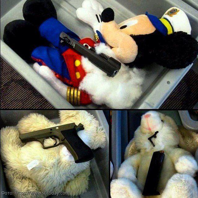 Фотоподборка самых страшных вещей, конфискованных в аэропорту