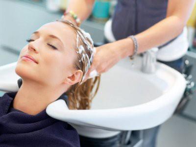 Эксперты рассказали об ошибках, которые допускают многие при мытье волос