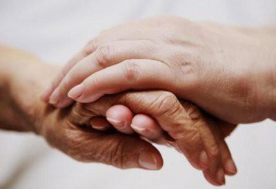 Холодные руки указывают на проблемы со здоровьем