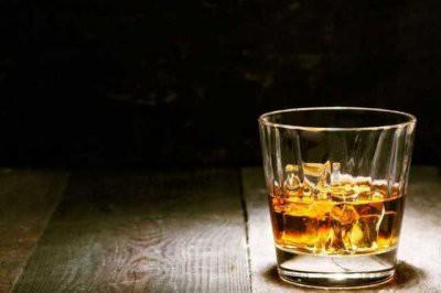 Названы самые опасные для здоровья спиртные напитки
