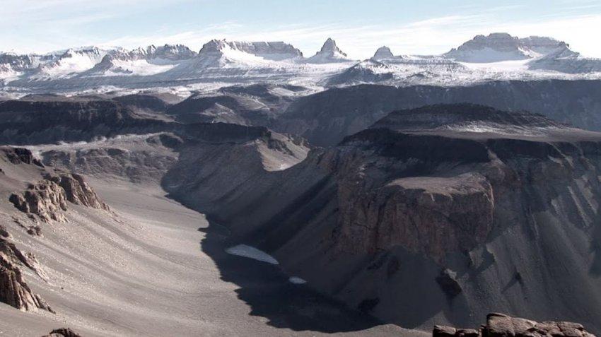 В Антарктиде есть место, где осадков не было уже два миллиона лет