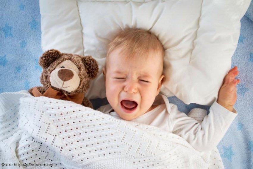 Американские педиатры запрещают пользоваться бортиками для детских кроваток
