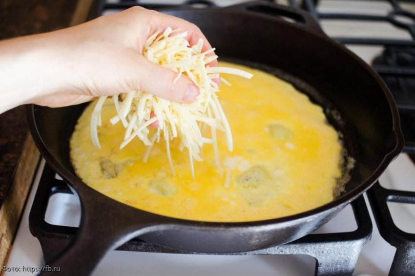 Способы приготовления очень вкусного омлета с сыром