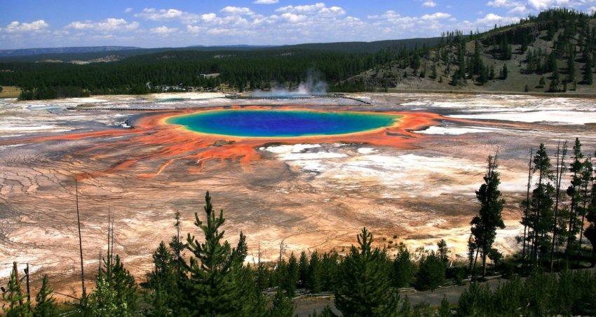 Йеллоустоун: Геологическая служба США опубликовала отчет о состоянии супервулкана за август 2019 года