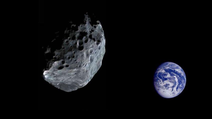 К Земле приближается огромный астероид: 430-метровое космическое тело может уничтожить целый мегаполис