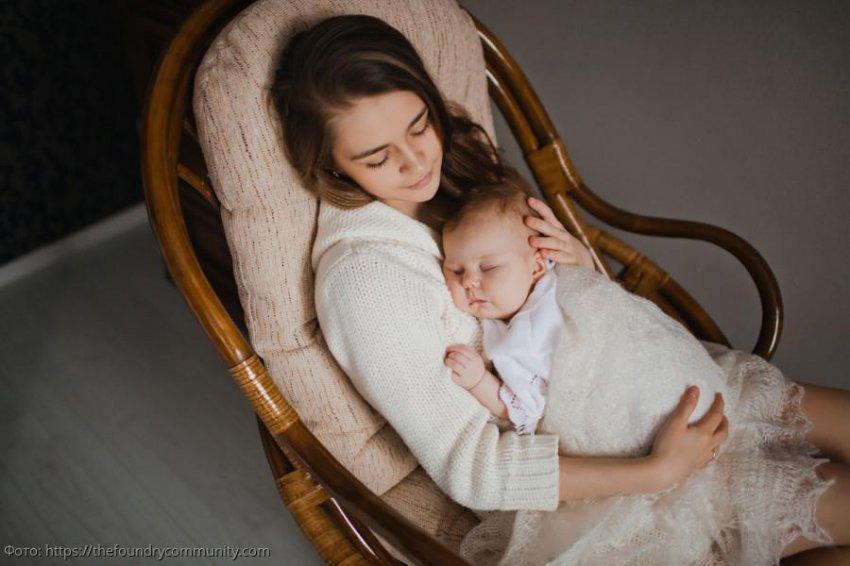 Муж подозревал, что жена родила не от него, но сынишка случайно доказал папе родство