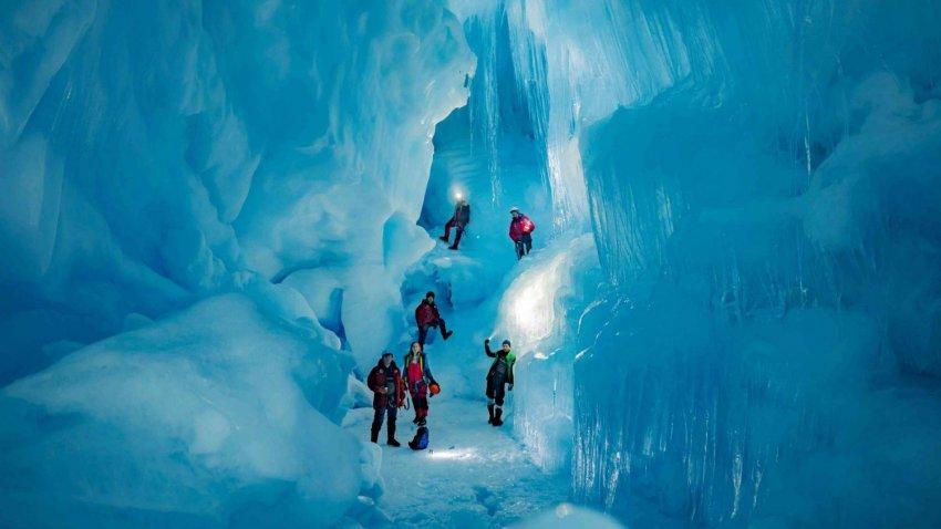 Подо льдами Антарктиды обнаружен «затерянный мир»
