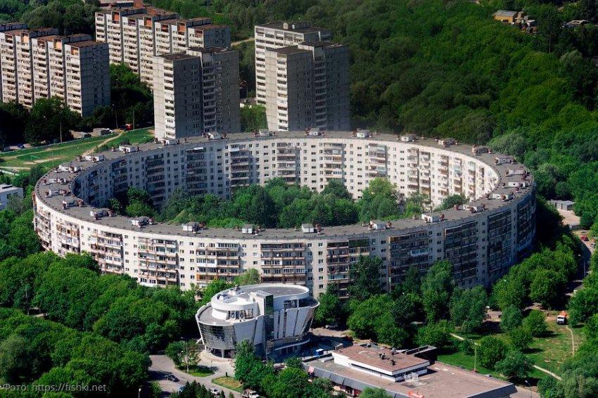 История строительства круглых домов в столице